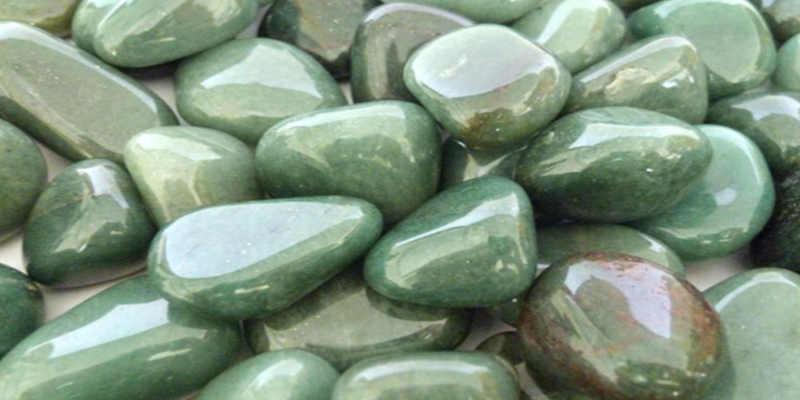 Cuarzo verde en cantos rodados