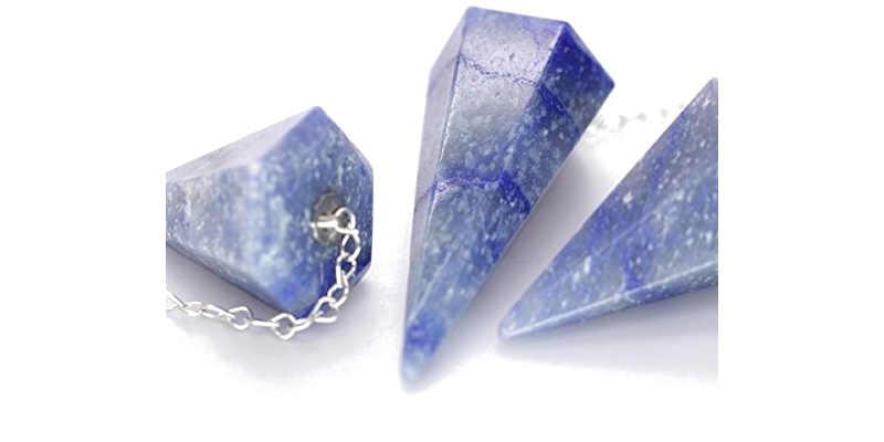 Péndulo de cuarzo azul